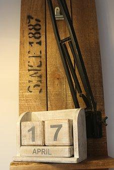 Statistics, Months, Calendar, Wood, Palette, Date, Lamp