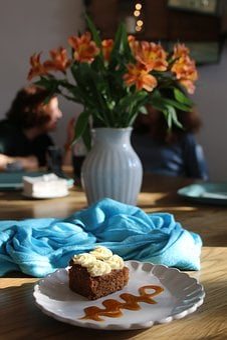 Flowers, Bouquet, Scarf, Blue, Cake, Cream, Vase