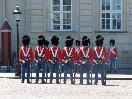 Copenhagen, Guard, Amalienborg, Bearskin Cap, Palace
