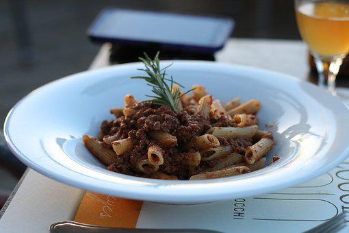 Spaghetti Bolognese, Outdoor Eating, Food, Traditional