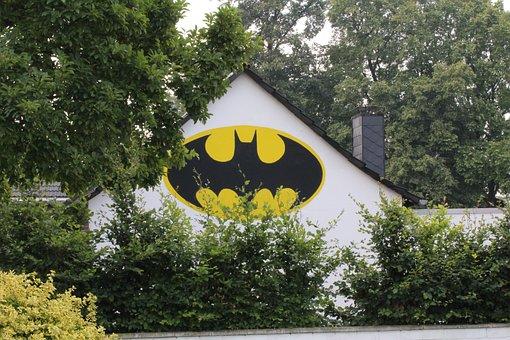 Batman, Logo, Hauswand, Home, Bergheim, Rheidt, Trees