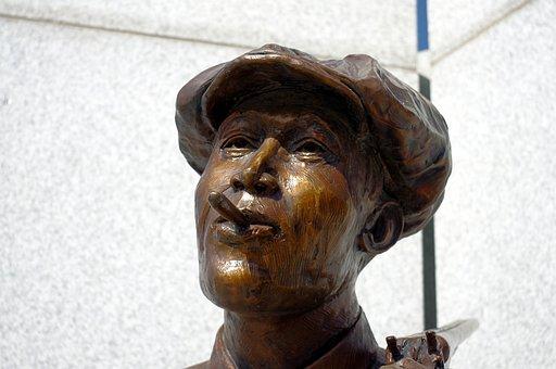 Hostility Sculpture, Sculpture, Hostility, Tulsa