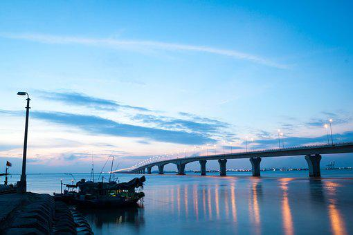 Vietnam, Two Style, Cat Two, Lach Huyen, Long, Bridge