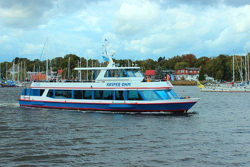 Passenger Ship, Harbour Cruise, Excursion Ship, Warnow