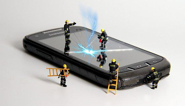 Smartphone, Fire, Miniature Figures, Repair, Flash