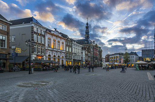 S-hertogenbosch, The Market, Clouds, Evening, Equinox
