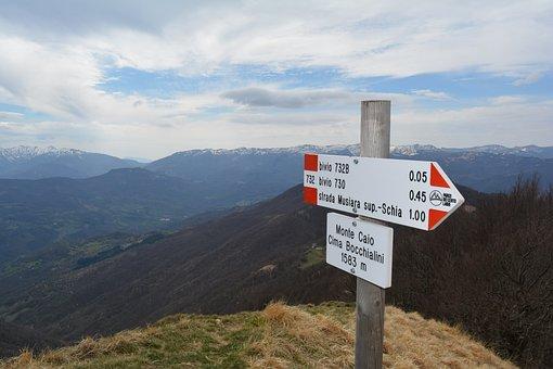 Schia, Monte Caio, Trail, Signage, Excursion, Arrow