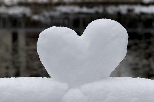 Snow, Hart, Love, Winter, Romantic, Romance, Emotions
