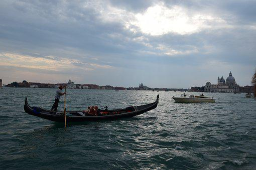 Venice, Gondola, Gondolier, Boat, Travel, Channel
