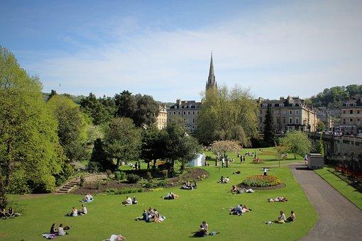 Bath, Park, Lawn, Grass, Sunbathing, Green, Outdoor