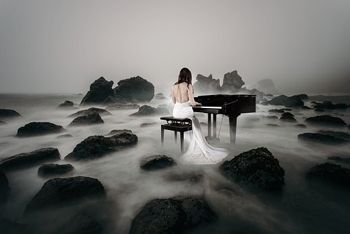 Piano Spielerin, Piano, Bride, Sea, Beach, Stones