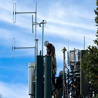Signal Mountain Cell Tower, Cellular, Tower, Workers