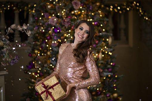 Girl, Christmas Tree, Christmas, Holiday, Swag, Jewelry