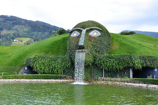 Swarovski Giant, Giant Head, Swarovski Kristallwelten
