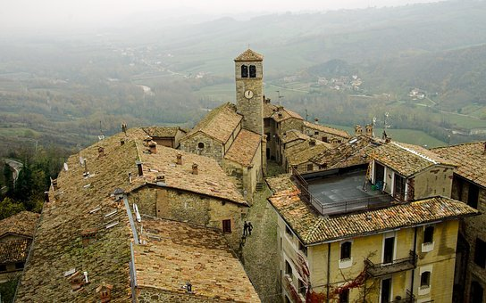 Vigoleno, Borgo, The Walled City, Walls