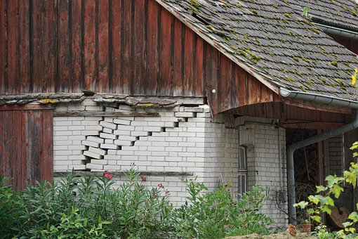 Abandoned Place, Truss, Timber Framed House, Farmhouse