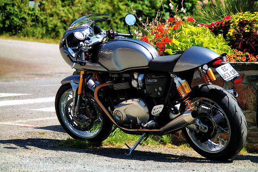 Motorcycle, Triumph Thruxton, British, Parallel-twin