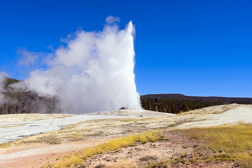 Yellowstone's Old Faithful Geyser, Upper, Geyser, Basin