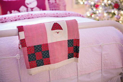 Quilt, On Bed, Christmas, Cosy, Cozy, Winter, Warm