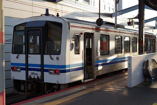 Izumo, Local Trains, Izumo Station