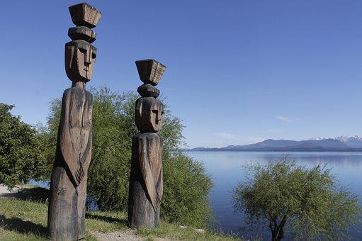 Bariloche, Nahuel Huapi, Patagonia, Statues
