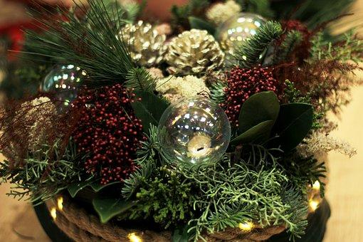 Christmas, Flower Arranging, Christmas Balls