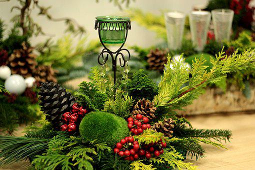 Christmas, Flower Arranging, Pine Green, Moss, Candle