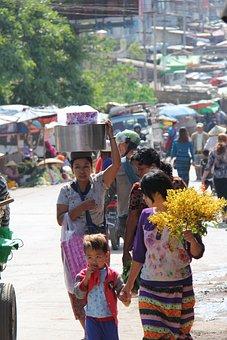 Market, Taungyi, Myanmar, Burma