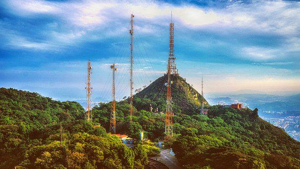 Peak Jaraguá, Antennas, Technology, Communication