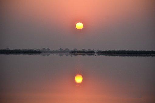 Reflection, Sunrise, Ahmadabad