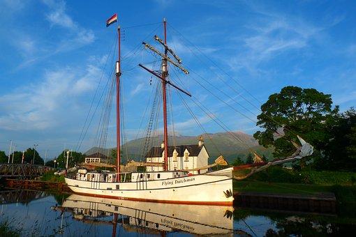 Caledonian, Canal, Ben Nevis, Scotland, Yacht