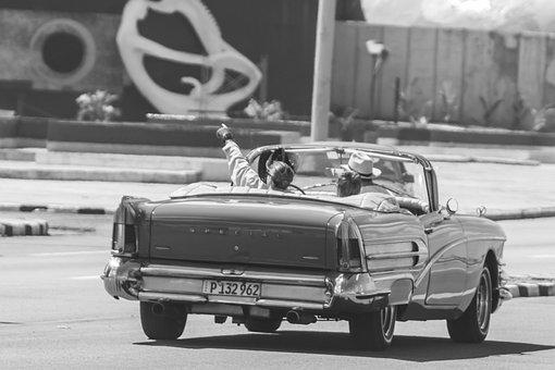 Cuba, Havana, Malecòn, Hotel Riviera, Nostalgia