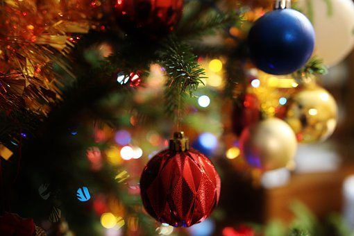 Christmas Baubles, Christmas Tree, Holidays, Atmosphere