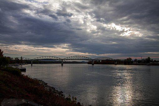 Esztergom, Maria Valeria Bridge, Danube, Autumn, Mood