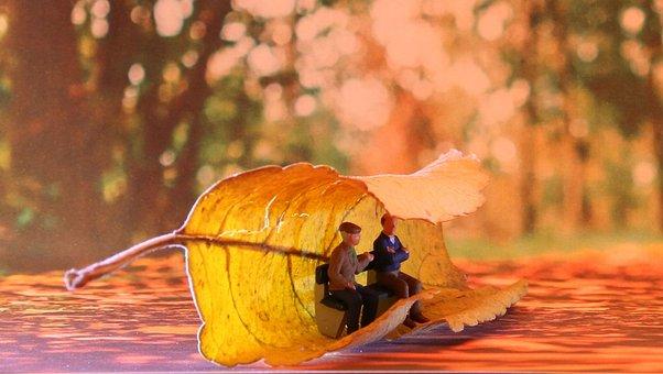 Seniors, Autumn, Miniature Figures, Fall Foliage