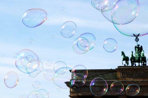 Berlin, Soap Bubbles, Brandenburg Gate, Street Artists