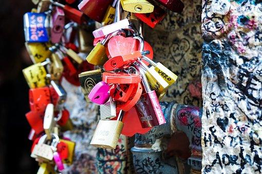 Padlocks, Colors, Heart, Forever, Love, Verona, Padlock