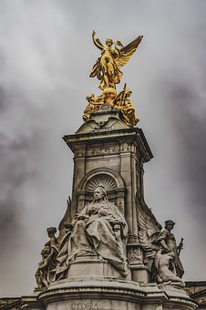 The Queen Victoria Memorial, Buckingham Palace, England