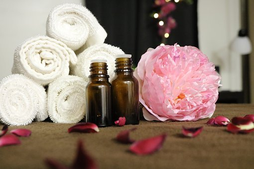 Essential Oils, Spa, Aromatherapy, Massage, Relaxation