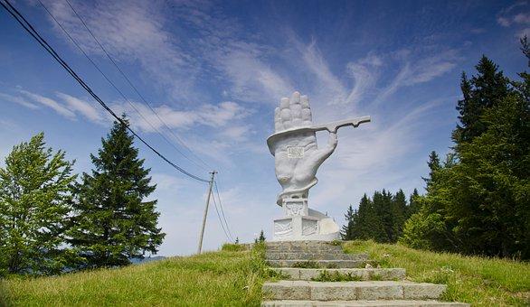 Roadmen, Monument, Romania, Robocovinemania, Bukovina