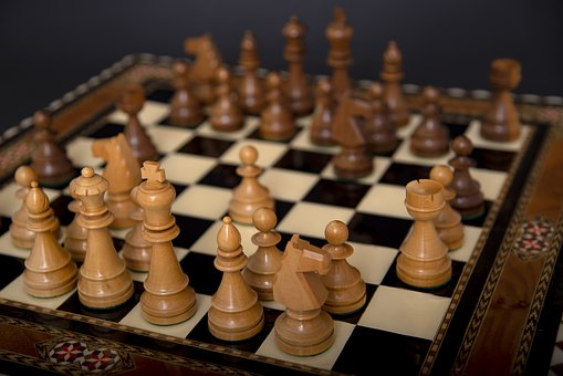 Chess, Board, Board Games, Farmers, King, Queen, Play