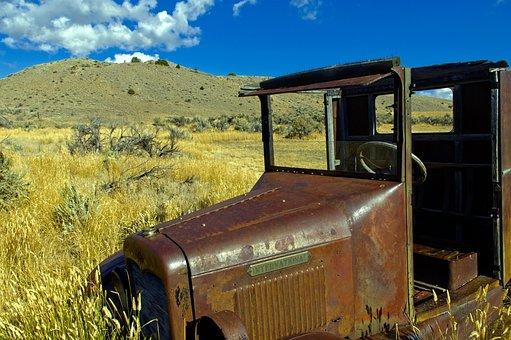 Bannack International Truck, Rusted, Vintage, Old