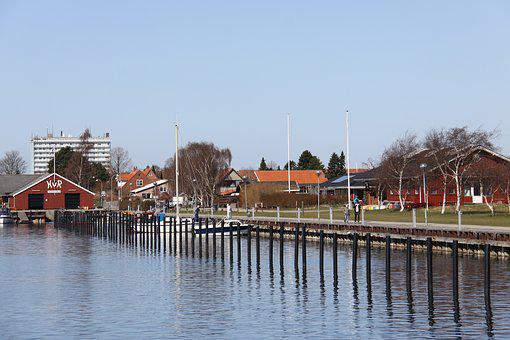 Port, Poles, Clubhouses, Rowing Club, Both, Sky, Blue
