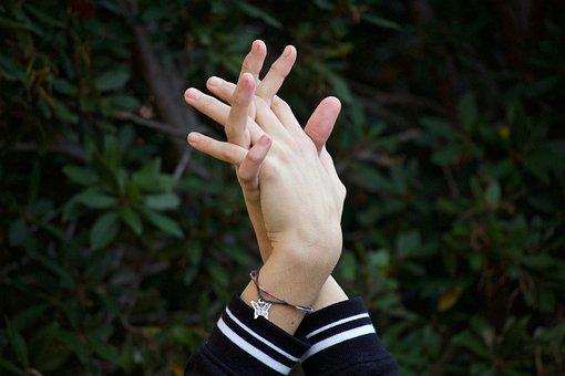 Hands, Plot, Confidence, Bonds, Fingers, Bracelet