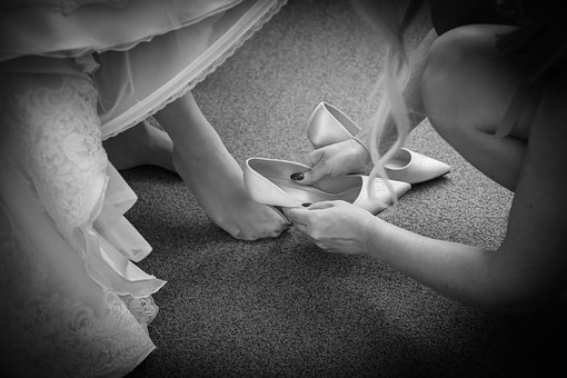 Wedding, Bride, Brautschuhe, Girlfriend, Woman, Dresses