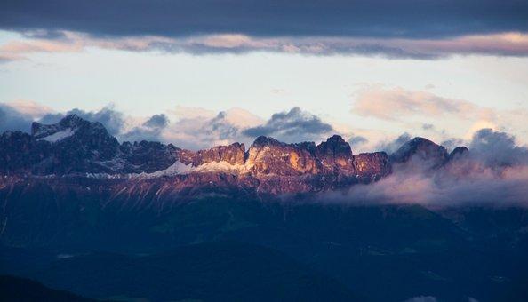 Alpenglühen, Alpine, Mountains, Summit