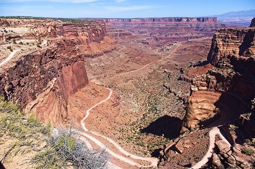 Canyonlands Shafer Canyon Road, Desert, Canyonlands