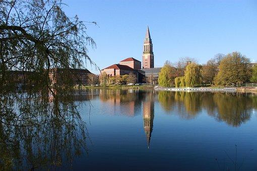 Kiel, City Hall And Opera House, Small Kiel, Lake