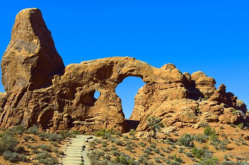 Arch In A Sandstone Fin, Sandstone, Arches, National
