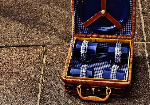 Picnic Suitcase, Cup, Plate, Cutlery, Basket, Luggage